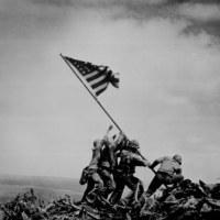მეოცე საუკუნის ოცი წამი. 1945. გამარჯვების დროშა სურიბაჩის მთაზე